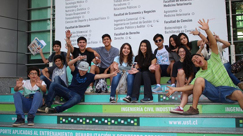Curso de Geología, Universidad en Verano en Cerro San Cristobal