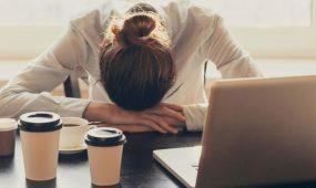 efectos de dormir poco